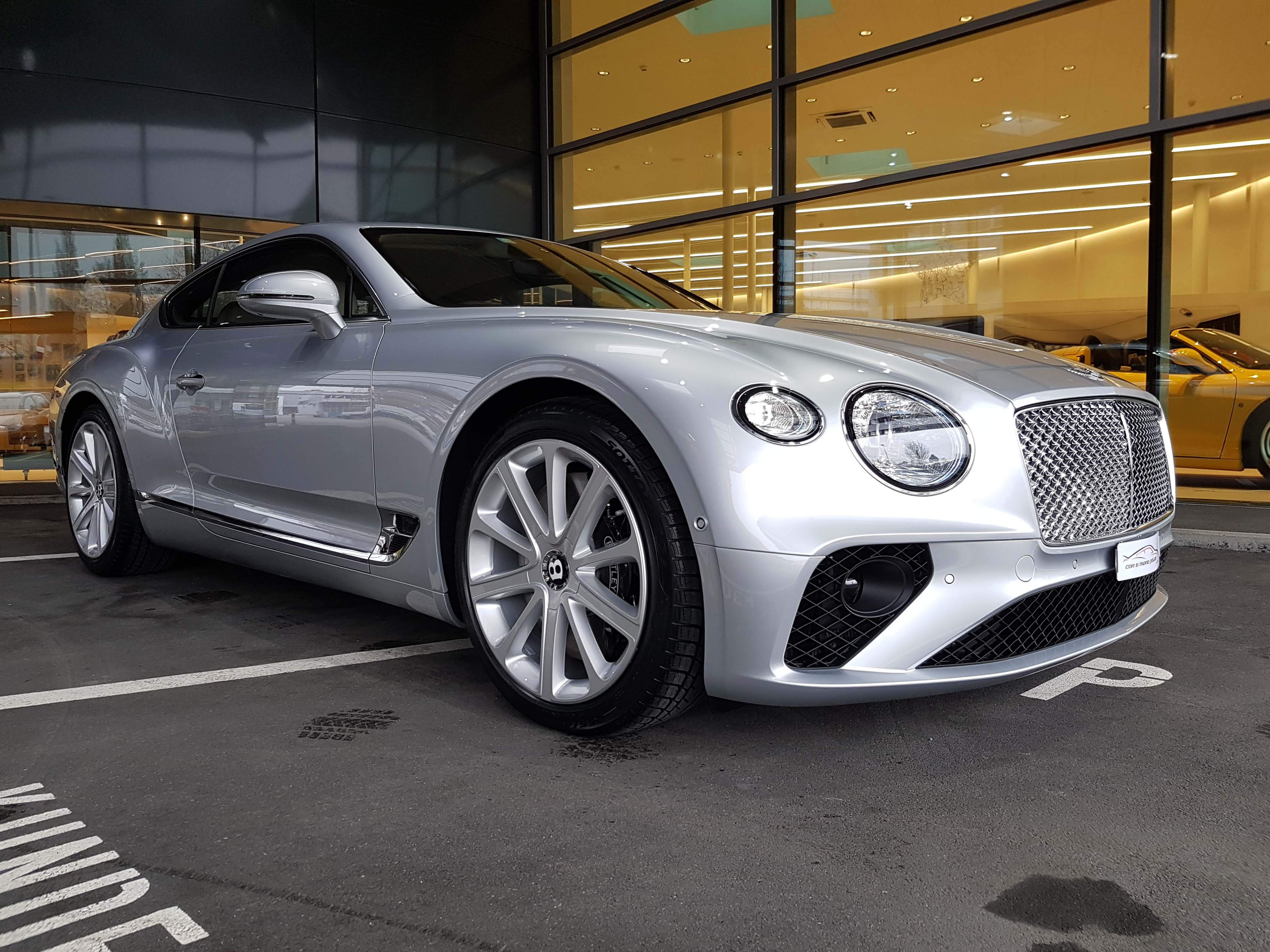 Reinigung Bentley - Car & more polish by Weider